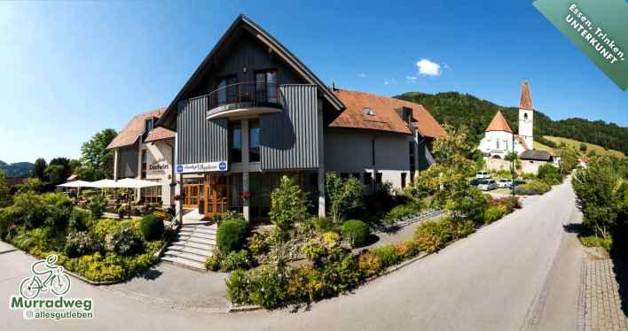 Gasthaus-Dorfwirt-Adriach-Frohnleiten-Gastgeber-am-Murradweg-Unterkunft