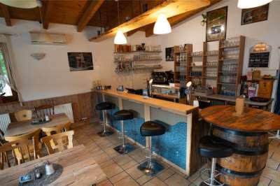 Erholungsheuriger Austüberl Feldkirchen bei Graz Murradweg Bar