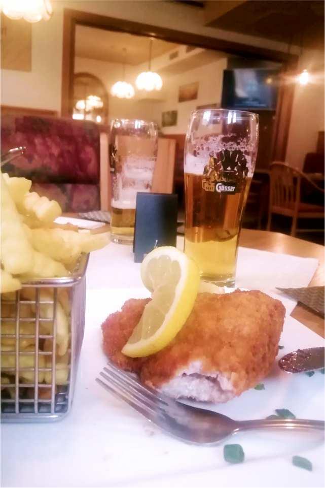 Cafe Restaurant Monte Christo St Stefan ob Leoben Gaststaette am Murradweg R2 Schnitzel