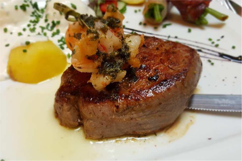 Gasthof Dorfwirt Adriach Gaststaette am Murradweg R2 Steaks