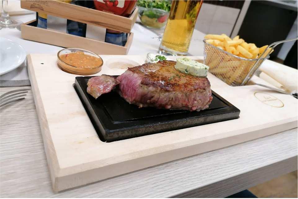 Steak Stein zum Zwanzinger Chalets Lachtal
