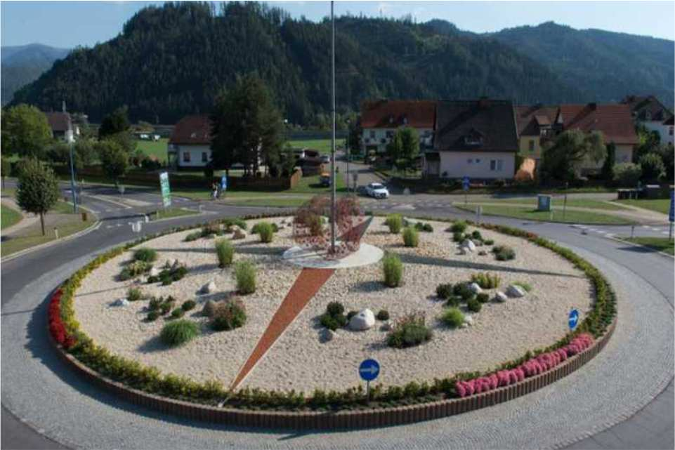 Ausflugsziel am Murradweg St. Michael in Obersteiermark Kreisverkehr