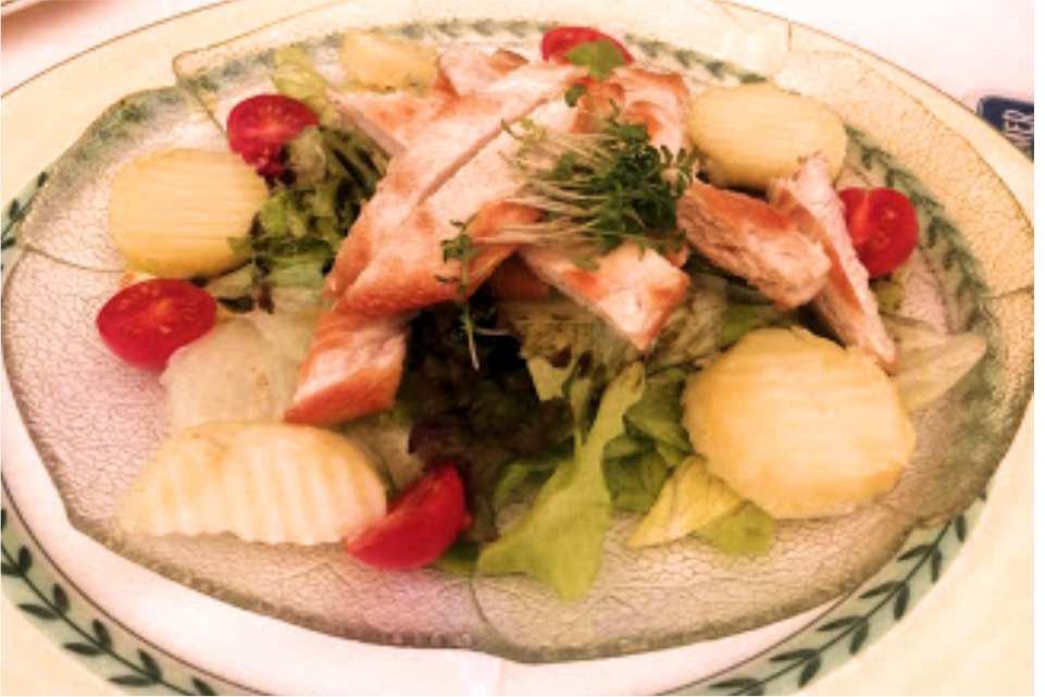Gasthof Pfleger Graz Andritz Gaststaette am Murradweg R2 Fitness Salat