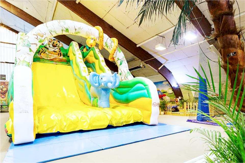 Leopark indoorspielplatz St Michael in Obersteirmark Gastgeber am Murradweg Hupfburg