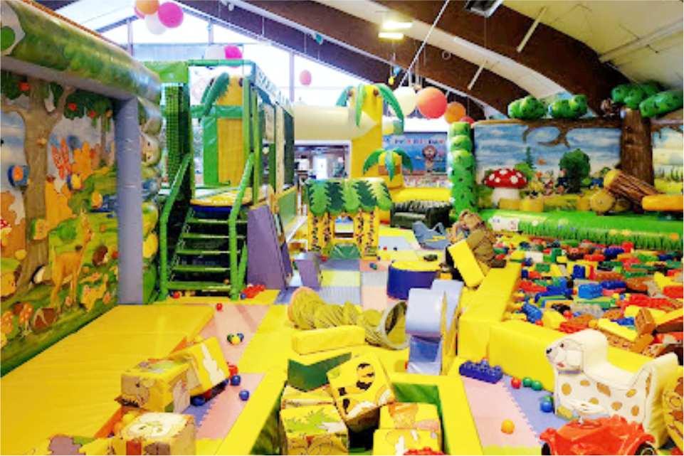 Leopark indoorspielplatz St Michael in Obersteirmark Gastgeber am Murradweg