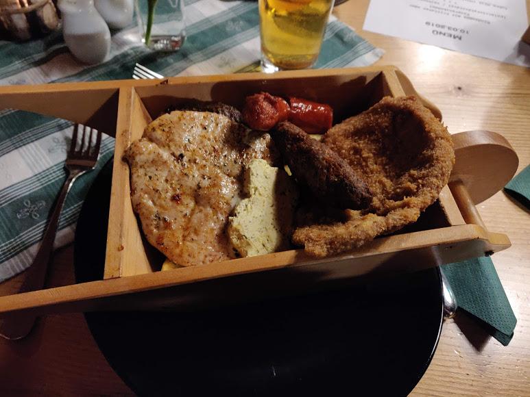 Restaurant Kreischberg Eck St Georgen ob Murau Gaststaette am Murradweg Grillvorspeise
