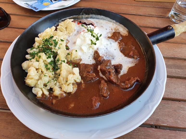Restaurant Kreischberg Eck St Georgen ob Murau Gaststaette am Murradweg Gulasch