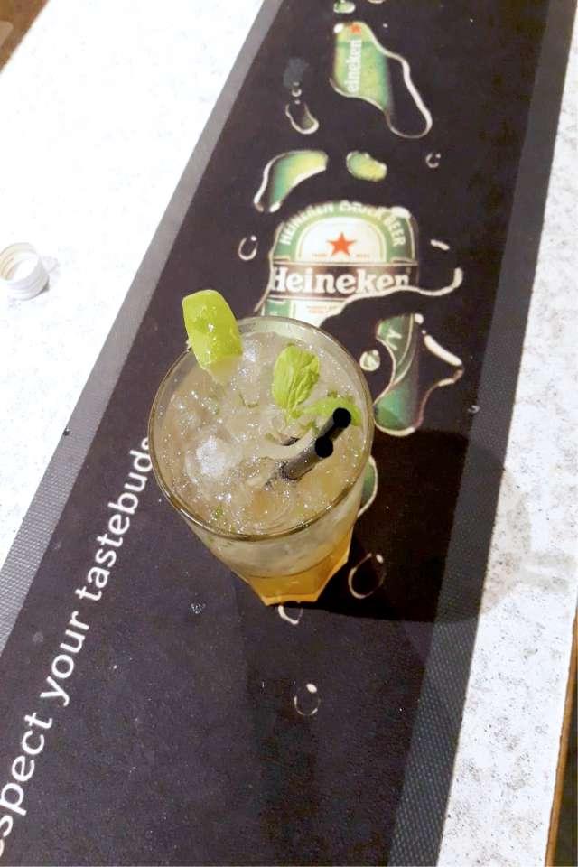 Cafe-Na-Und-Cocktails-in-Sankt-Michael-In-Obersteiermark