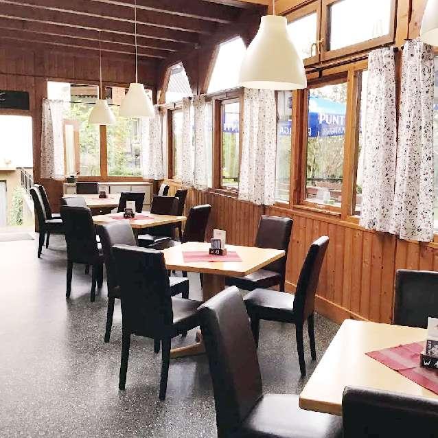 Elfi´s Hütt´n Mureck Saal Gastgeber am Murradweg